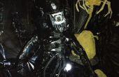 """Aliens - Life size Alien-Krieger, Eiern und Facehugger aus """"Aliens"""" Halloween 2012"""