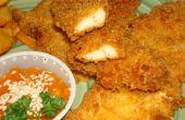 Knusprige feucht Chicken Fingers mit paniert Pommes Frites und Soße
