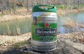 Wie man ein Schwimmdock mit Heineken Mini Fässer zu bauen.