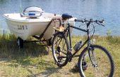 Schlepptau ein Boot mit einem Motorrad