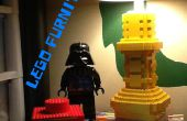 LEGO arbeiten Lampe, Schublade, Achterbahn und Tischplatte.