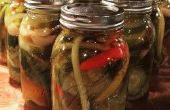 Sriracha gewürzt Dill Pickles