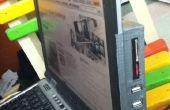 USB-Hub für Laptop montiert