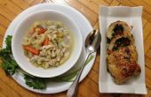 Spinat, Paprika gefüllte Hähnchen & Makkaroni Hühnersuppe