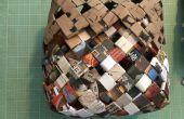 Korb aus Recycling-Papier gewebt / Junk-Mail