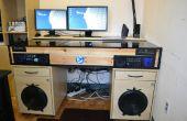 Schreibtisch mit eingebautem PC