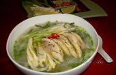 Chicken Noodle Pho Suppe Rezept (Pho Ga)