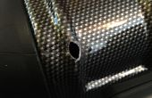 Reparieren einen Hartschalen-Koffer mit Sugru