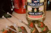 Das neue Zeitalter der Frucht und Alkohol.  Schokolade getauchte Erdbeeren mit Alkohol injiziert.  Ideal für Partys oder einfach nur Spaß zu machen und zu konsumieren.