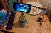 Handy-Kamera-Stativ aus 2 Paar Essstäbchen, 12oz Aluminiumdose und 5 Gummibänder
