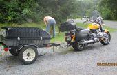 Bauen ein Schlepp hinter einem Motorrad oder kleines Autoanhänger