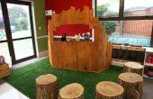 Puppentheater, hergestellt aus recycelten Paletten