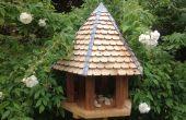 Sechseckiges Vogelhaus aus recyceltem Holz