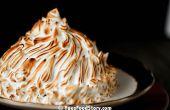 Gebackene Alaska Ice Cream Pie (3,14 Schichten mit Himbeer Eis!)