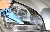 Reinigen Sie Ihre trübe Scheinwerfer mit Zahnpasta