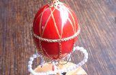 Welt-in-einem-Ei: Ein Fabergé-Stil machen Henne-Ei