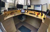 Schreibtisch für Ingenieure stehen