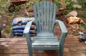 Atmen Sie neues Leben in einer oxidierten PVC Liegestuhl bereit für Tha Deponie (erneuern).