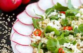 Quinoa-Salat mit Feta-Käse & Rucola