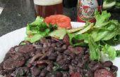 Brasilianische schwarze Bohnen mit Wurst