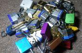 Die Lock-Box: Lockpicking Display & Praxis stehen