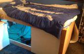 Bett auf Stelzen