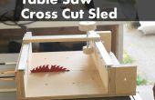 Wie ein Kreuz machen Schlitten für eine Tischkreissäge schneiden