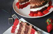 Vierbettzimmer Decker rotem Samt Schokolade Kuchen