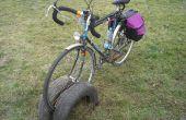Fahrrad-Rack aus alten Autoreifen gemacht