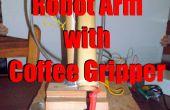Roboterarm mit Kaffee Greifer