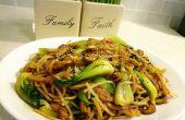 Huhn Gemüse Chow Mein