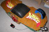 Self balancing one wheeled electric skateboard