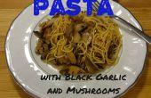 Nudeln mit schwarzem Knoblauch und Pilz