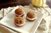 Pumpkin Spice Whoopie Pies mit Zimt Cream Cheese Frosting