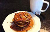 Gluten freie Pumpkin Spice Pfannkuchen mit Ahorn Zimt Glasur