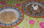Frikadellen und Sauerkraut Suppe (ungarische Gericht)