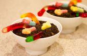 Schmutz-Kuchen mit Gummibärchen Würmer!