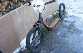 Schalten Sie eine alte Kinderfahrrad in eine gehackte Kick-Bike