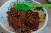 Schnelles gesundes Mittagessen: Wild und brauner Reis mit Ragu Sauce