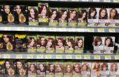 Wie Sie Ihre Haare zu Hause färben: von der Wahl einer Farbe für ordnungsgemäße Anwendung