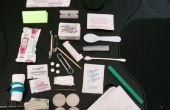 30 Artikel ultimative Altoids Zinn Urban Survival Kit (einschließlich Sonnenbrillen, ein Deck von Karten und Ketchup)