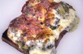 Käse auf Sprossen auf Toast
