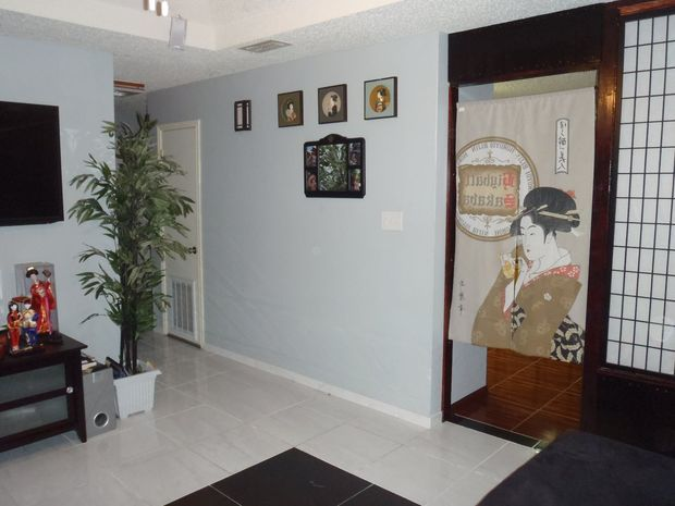 gewusst wie zwei zimmer mit einer billig gemachten shoji wand teilen. Black Bedroom Furniture Sets. Home Design Ideas