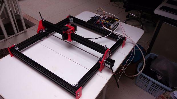 Diese Maschine Soll Den Laser Gravieren In Holz Und Opaken Kunststoff Mit Einem Arduino GRBL Automatisierung Grundlage Zu Machen