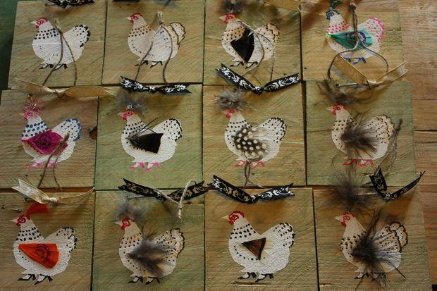 Hausgemachte Schrott Holz Gruß Und Glückwunschkarten, Ornamente Und  Tischdekorationen   Drei Designs   Schablone, Handgemalt, Collage U0026  Decoupageu0026period;