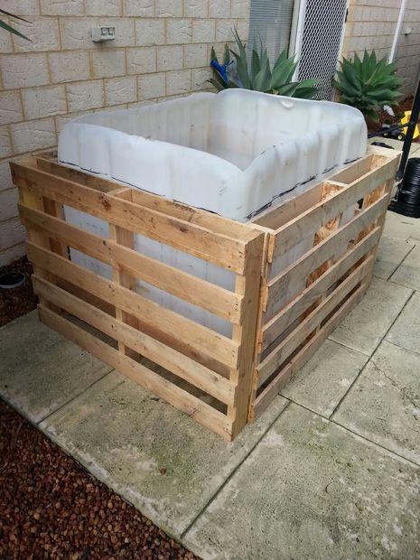 ibc oberirdisch tauchbecken schritt 5 bau des rahmens und kanten des liners verankerung. Black Bedroom Furniture Sets. Home Design Ideas