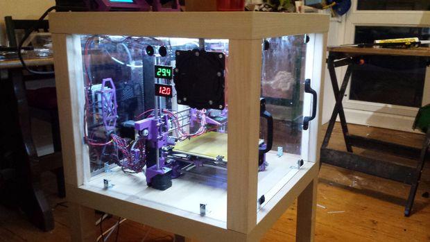 3D Drucker Gehäuse Aus Upcycled Möbel