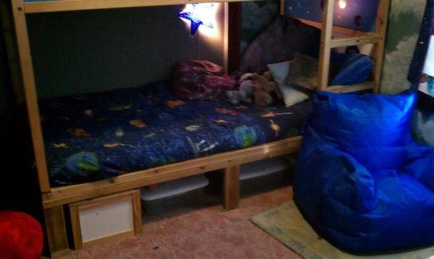 Etagenbett Kinder Ikea : Ikea kura bett umgewandelt etagenbett genstr