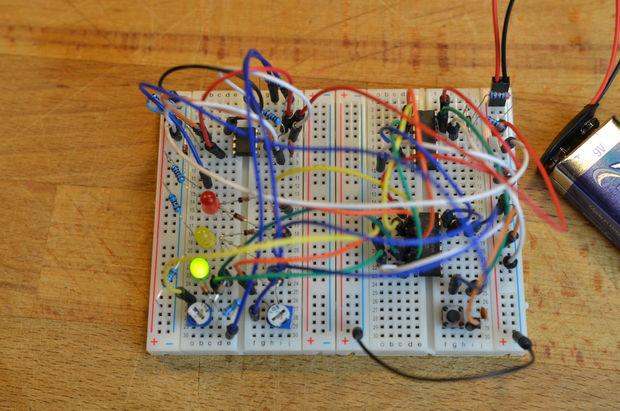 Ultraschall Entfernungsmesser Schaltplan : Ampel ohne arduino schritt 1: vollständige schaltung genstr.com