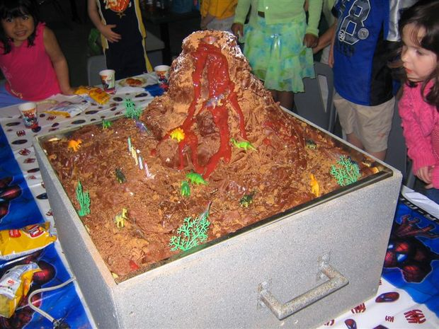 Ausbrechenden Vulkan Geburtstagstorte Genstr Com